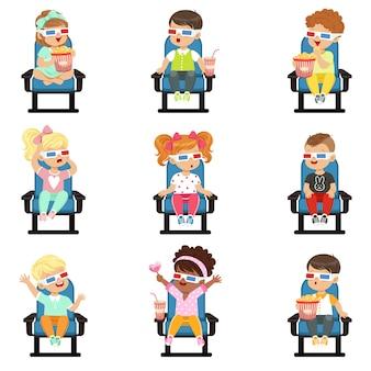 Set di icone di simpatici bambini piccoli in bicchieri