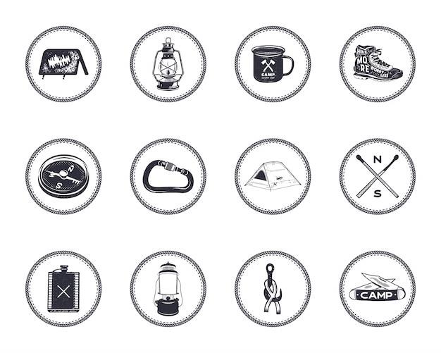Set di icone e simboli di campeggio