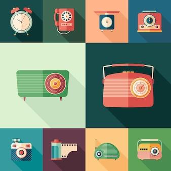 Set di icone quadrate piatte vintage con lunghe ombre.