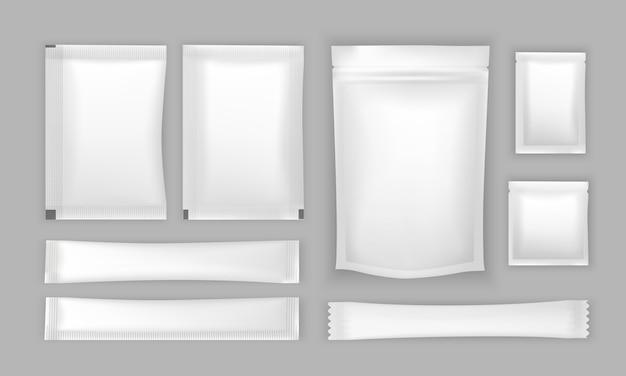 Set di imballaggi di sacchetti isolati su priorità bassa bianca