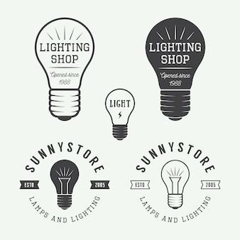 Set di lampade vintage e illuminazione logo, emblemi, badge ed elementi di design.