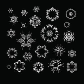 Set di mandala frattale argento
