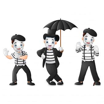 Set di mimi eseguendo diverse pantomime
