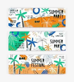 Set di modelli di banner festival estivo. invito festa all'aperto decorato con palme e spiaggia tropicale.