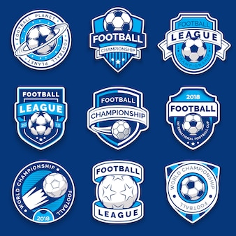 Set di nove distintivi di calcio. emblemi di calcio.