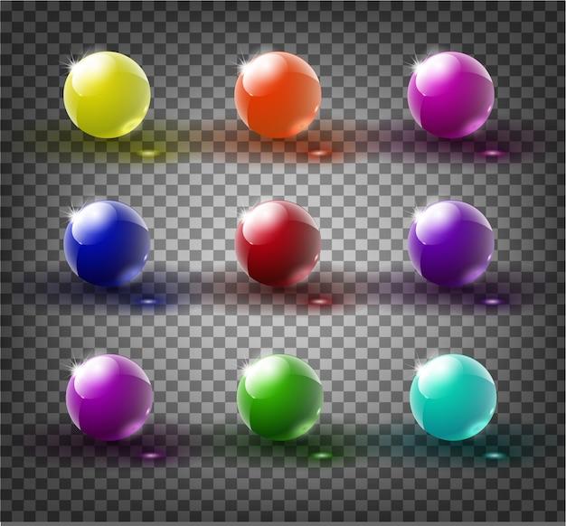 Set di palline di vetro su uno sfondo trasparente