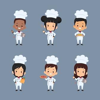 Set di personaggio dei cartoni animati di chef bambini utilizzando il grembiule preparare il cibo