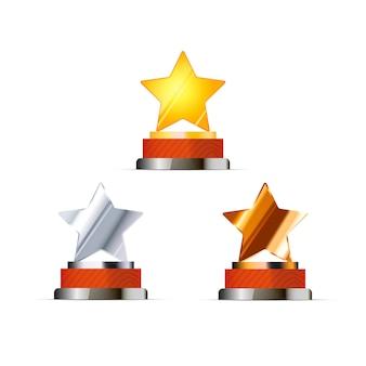Set di premi per i vincitori con stelle dorate, argento e bronzo isolate