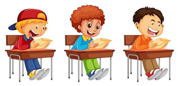 Set di ragazzo che legge un libro
