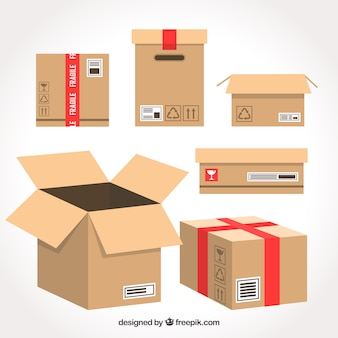 Set di scatole di cartone per la spedizione