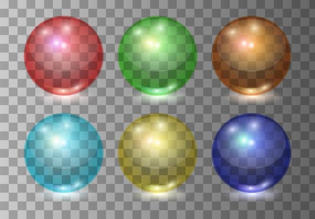 Set di sfere di vetro trasparenti di colore realistico