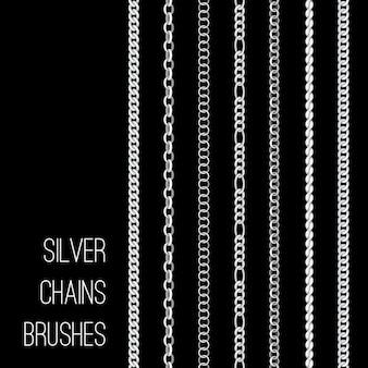 Set di spazzole d'argento delle catene isolato sul nero
