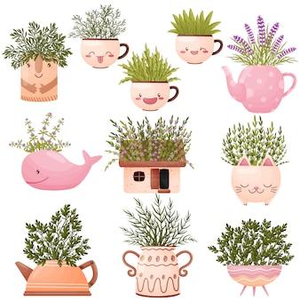 Set di vasi carini a forma di vari animali con fiori di campo.