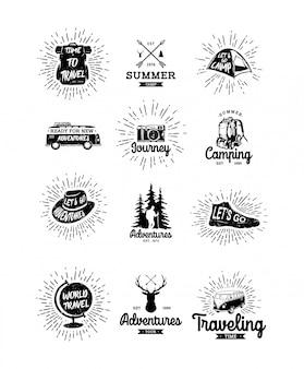 Set di vintage disegnati a mano viaggiatore e distintivi all'aperto