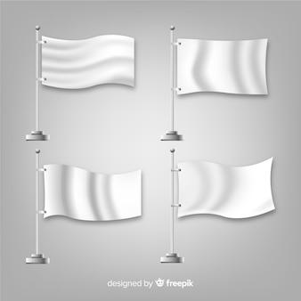 Set realistico di bandiere tessili