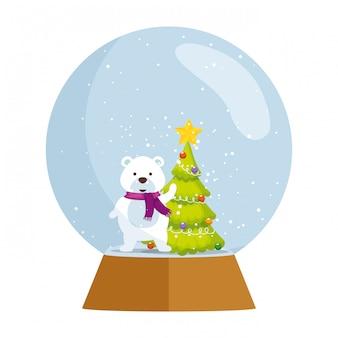 Sfera di neve con simpatico orso polare natalizio