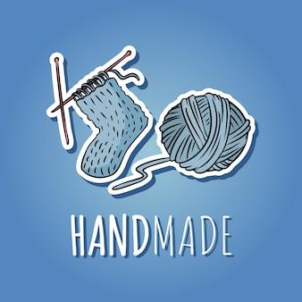 Sfera in cotone e calza lavorata a maglia