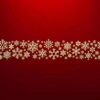 Sfondo di natale allegro con fiocchi di neve d'oro. modello di biglietto.