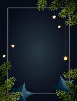 Sfondo di natale con rami di abete, stelle luminose, serpentine d'oro e stelle di carta. sfondo scuro con copyspace.