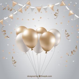 Sfondo di palloncini bianchi e dorati per festeggiare