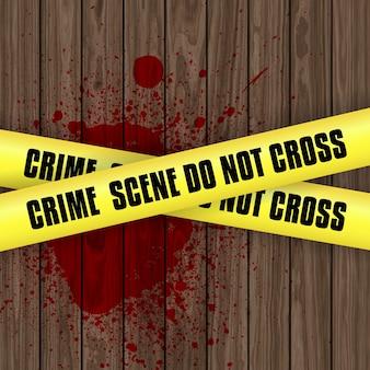 Sfondo di scena del crimine con sangue splatter su legno con nastro di avvertimento giallo