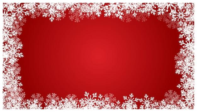 Sfondo rosso di natale con fiocchi di neve.