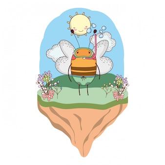 Simpatica piccola ape con boccaglio nel campo