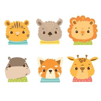 Simpatici animali africani in costumi, leone, giraffa, ippopotamo, panda, koala, panda minore, tigre, gatto. volti felici dei bambini