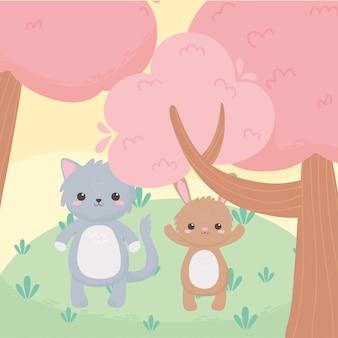 Simpatici animali del fumetto di piccolo gatto e coniglio albero in un paesaggio naturale