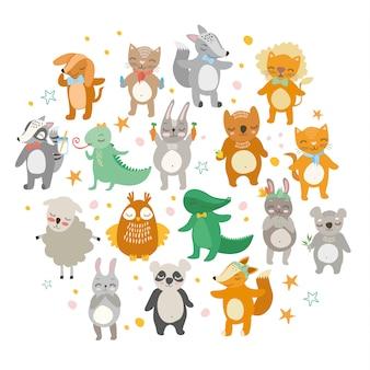Simpatici animali, zoo divertente, leone, gatto, coccodrillo, volpe, cane, gufo, pecora, orso, lepre.