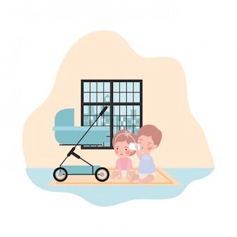 Simpatici bambini piccoli bambini con personaggi carrello