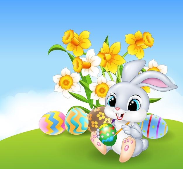 Simpatico coniglietto pasquale dipinto un uovo