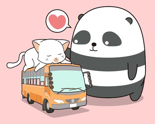 Simpatico panda e gatto che è sull'autobus