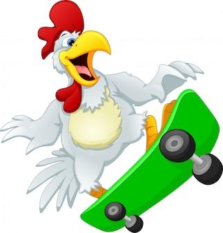 Simpatico pollo che gioca a skateboard