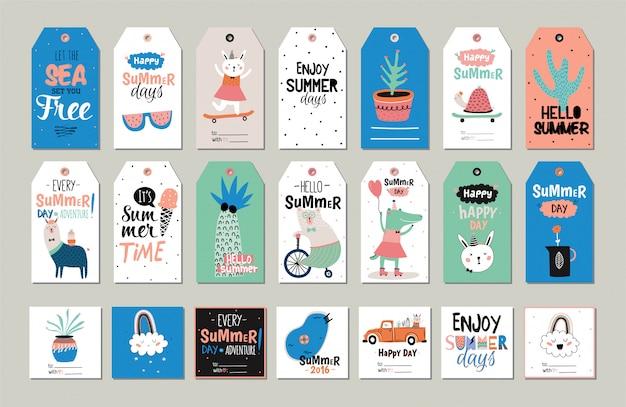 Simpatico set scandinavo estivo di biglietti di auguri, etichette regalo, adesivi ed etichette modelli con elementi di vacanza alla moda e tipografici. .