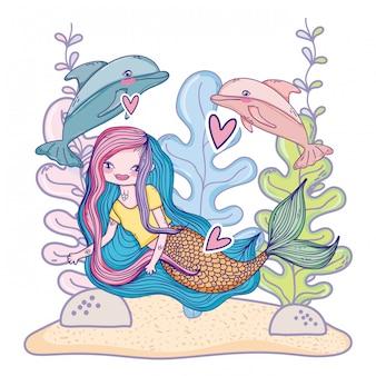 Sirena che nuota sott'acqua