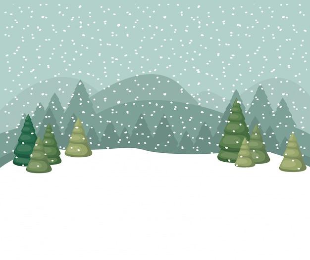 Snowscape con scena di foresta di pini