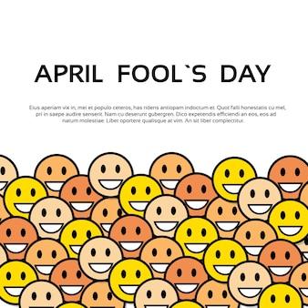 Sorriso giallo faces fool day biglietto di auguri per le vacanze di aprile