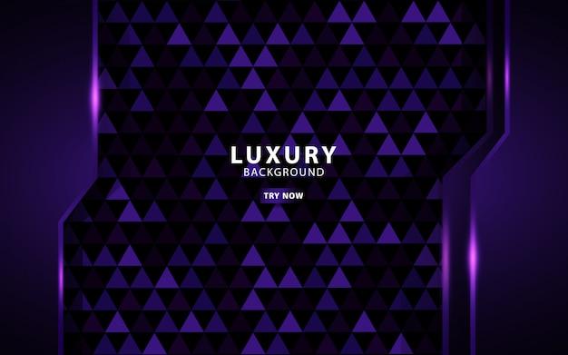 Sovrapposizione di lusso viola strati di sfondo. su sfondo viola triangolo con texture.
