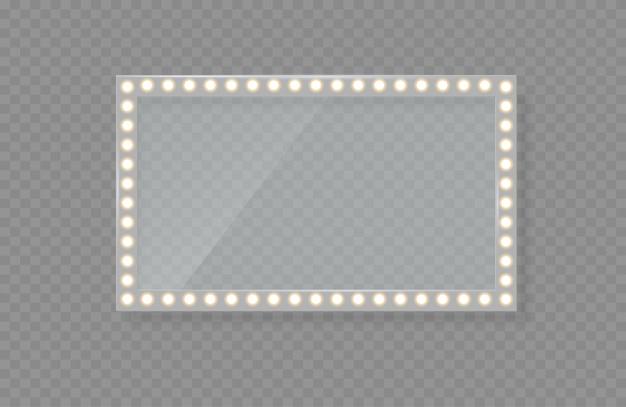 Specchio in cornice con luci brillanti con luce per il trucco.