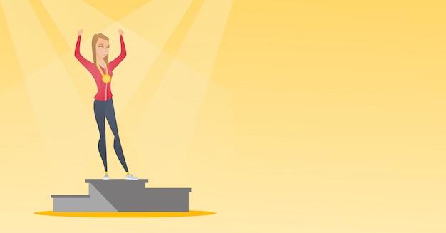 Sportswoman caucasica che celebra sul podio del vincitore