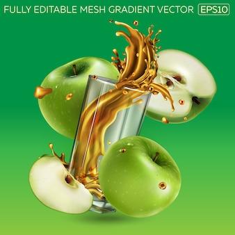 Spruzzi di succo di frutta in un bicchiere e mele verdi intorno.