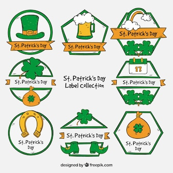St disegnato a mano collezione di badge / etichette per il giorno di patrick