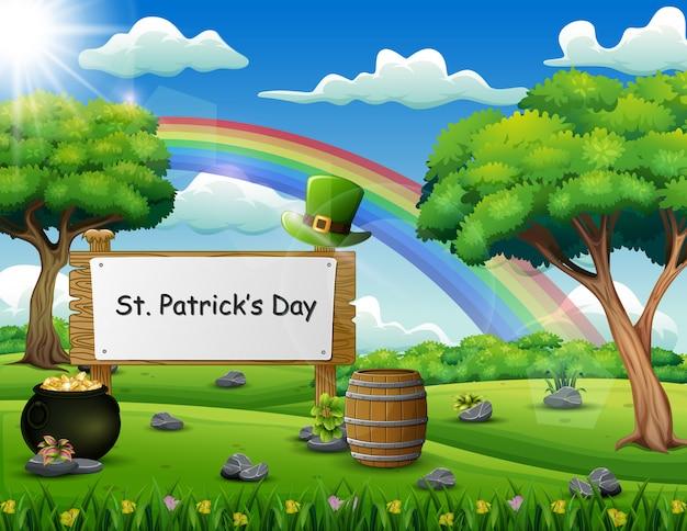 St patrick's day uno scudo di legno con testo scritto a mano sulla natura