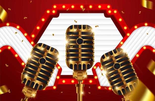 Stage con microfono dorato su sfondo lucido