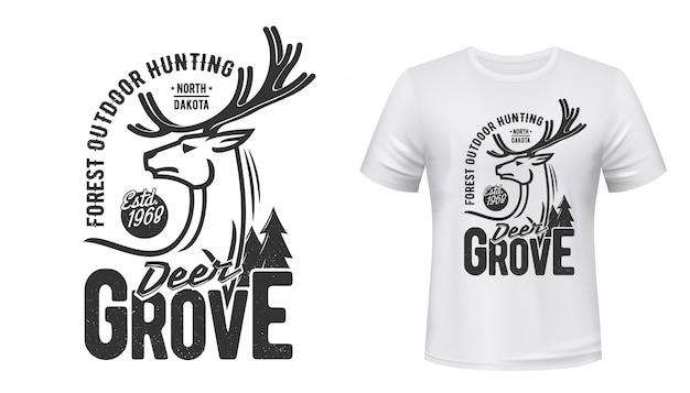 Stampa t-shirt cervo con corna. sport da caccia