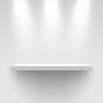 Stand espositivo bianco, illuminato da faretti. piedistallo. scaffale rettangolare.