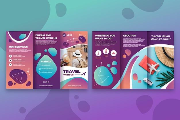 Stile modello brochure a tre ante