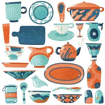Stoviglie in ceramica. scrematrice rustica del piatto decorativo della tazza della ciotola della ciotola del vaso delle terraglie degli utensili delle stoviglie isolata cucina domestica
