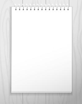 Strato di carta vuoto bianco dal taccuino